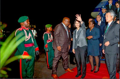 蔡訪海地︰強化63年邦誼