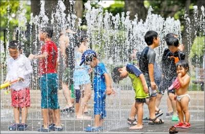 今持續炎熱台北花東上看36度 各地留意午後雷陣雨