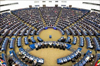 歐洲議會撐香港 禁售港警裝備