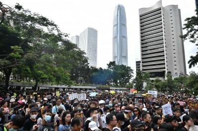 香港財政司長:反送中傷害香港經濟 港府將「考慮應對措施」