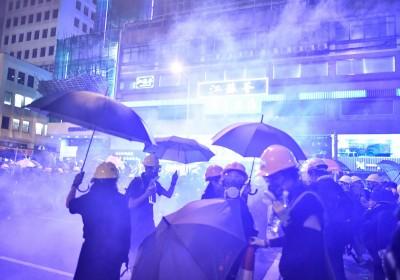 反送中》游擊!官府只給集會 香港728變「東西分進」遊行