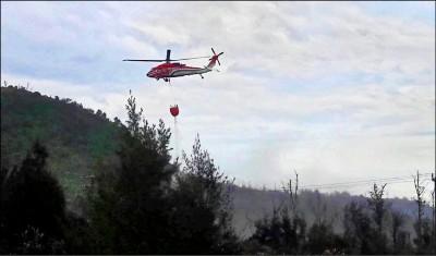 綠島火燒山 陸空動員27小時撲滅