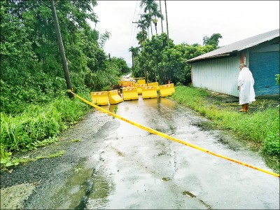 豪雨成災 台南市道175線六甲段仍封閉