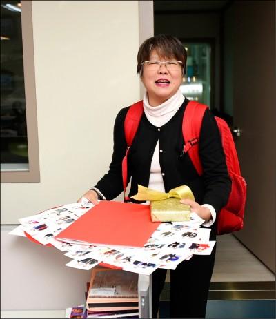指控妨害名譽 韓競總提告黃光芹、賴坤成