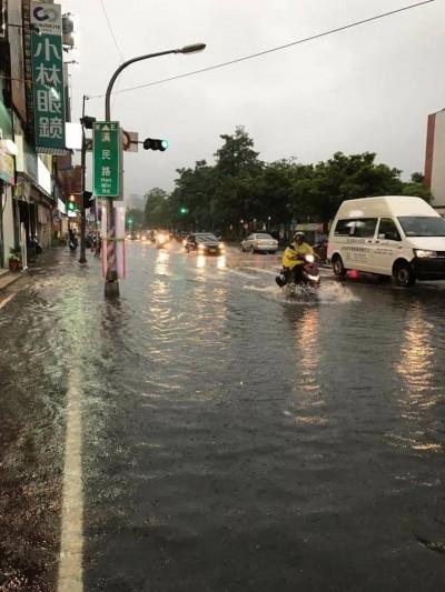 高雄2天累積降雨672.5毫米 農損以木瓜最慘