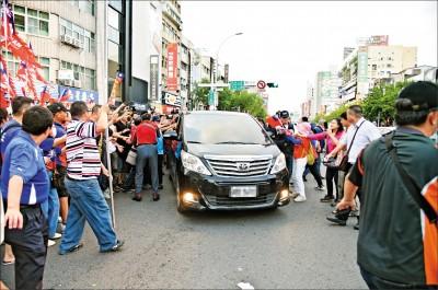 韓國瑜座車被裝追蹤器? 高市府:合理懷疑