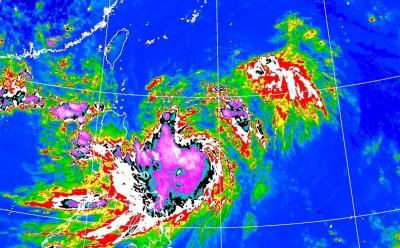 「白鹿」颱風結構不對稱 專家研判路徑有調整可能