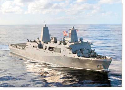 美軍艦通過台海 首見兩棲運輸艦