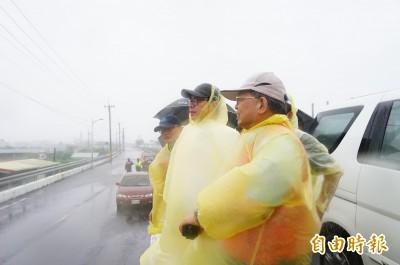 被問韓國瑜因颱風留守高雄 陳其邁霸氣回4字