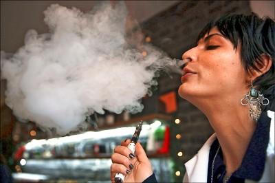 吸電子煙喪命 美傳首例