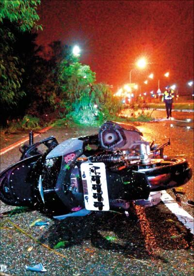 《台南》颱風夜樹倒騎士撞上 市府將助家屬求償