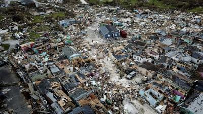 怪獸颶風多利安挾帶強風豪雨  狂襲美國東岸