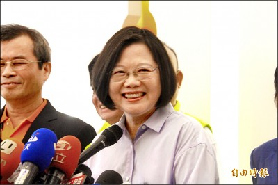 郭台銘可能選總統 蔡英文:民進黨很團結