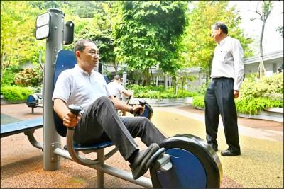 《出訪東協三國》侯友宜首站抵新加坡 觀摩長照