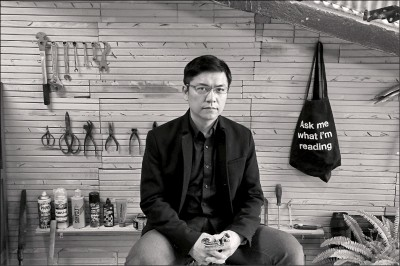 吳明益:朵卡萩深入文史地方 中文作品少見