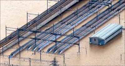颱風哈吉貝襲日 已35死17失蹤 新幹線泡水 120節車廂恐報銷