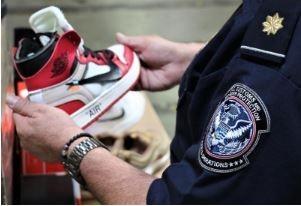 又是中國!萬雙冒牌Nike球鞋 闖關美國被抄了