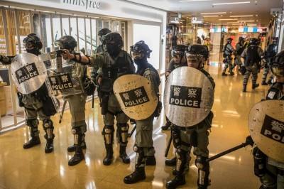 香港人反抗》科大生墜樓命危 目擊者:員警阻擋救護車