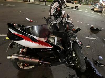 汐止死亡車禍!轎車與重機車相撞 騎士傷重不治
