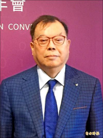 力晶黃崇仁加入航空業 鎖定商務客