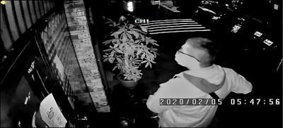 泰女賣淫遭搶光還觸法 假警扮嫖客黑吃黑