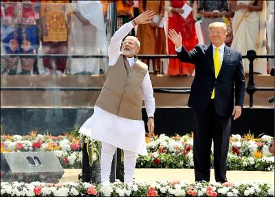 川普首訪印度 享華麗排場