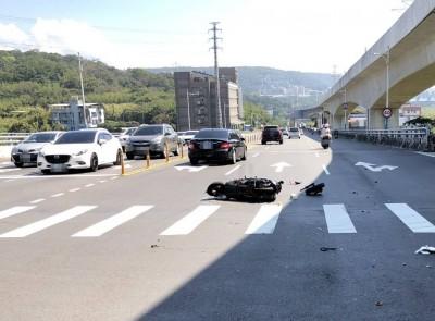 打工途中遇貨車違規左轉 亮麗女大生遭撞飛亡