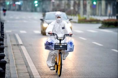 結膜分泌物也會傳染 中國提醒醫護戴護目鏡