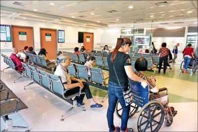 中國籍享健保 錯誤政策 立委促修法 政院高層:一定要處理