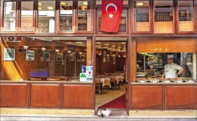 15人遊土耳其 9確診 增10例境外移入 大學首因確診停課