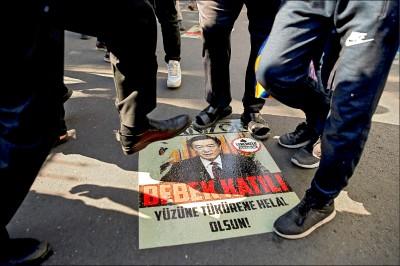 擴大施壓 美參院通過維吾爾人權法