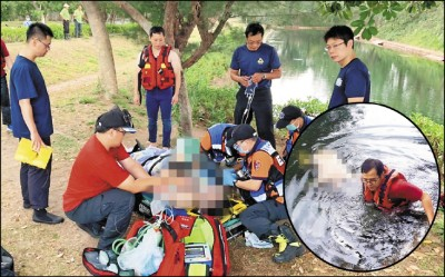 警專車服務載去景點玩 怪男脫光下水成浮屍
