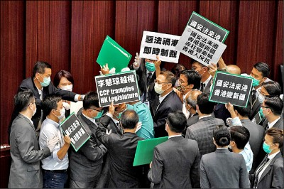 美議員提案 承認香港為國家