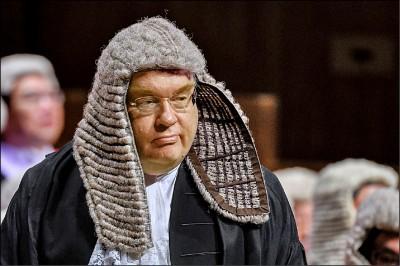 港版國安法》特首指派法官審案 律師界砲轟