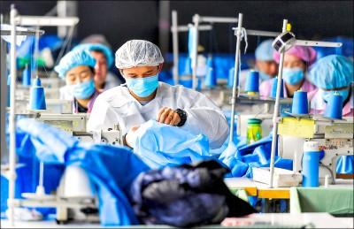 中國口罩廠助共為虐 疑強迫維族投入產製