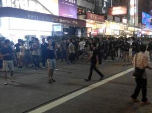 旺角出現黑衣人 毆打群眾