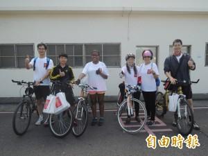 大甲真美麗自行車活動 外籍交換生堅持到最後