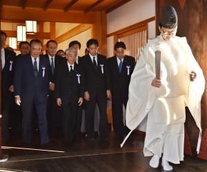 參拜靖國神社秋祭 日3位女閣僚出席