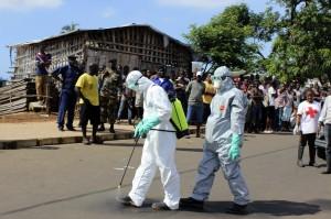 伊波拉延燒 專家警告:須防變成愛滋病第二