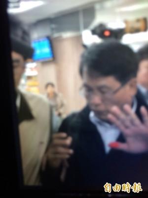 涉收受王令麟賄賂 北監前副典獄長蘇清俊到案