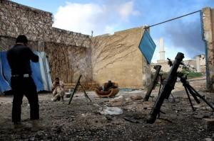 敘利亞軍事基地淪陷 激烈交火釀200死