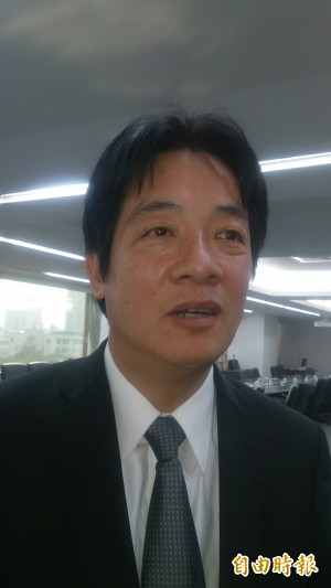 哈佛共同朋友給電話 賴清德邀王丹來台南任教
