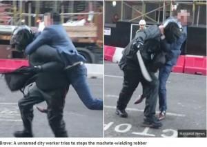 倫敦男子飛撲持刀搶匪 自覺「像在打電玩」