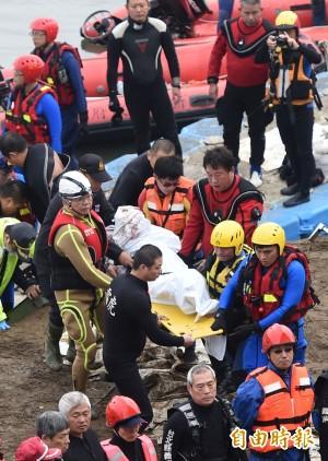 復航空難地毯式搜索 今尋獲5罹難者遺體