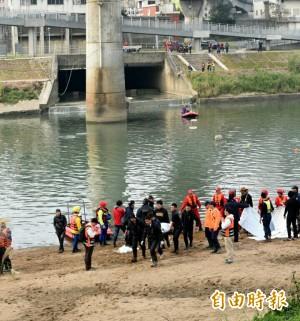 空難第8天 南湖大橋尋獲2具男性遺體