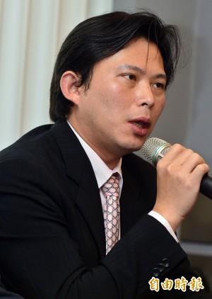 內政部邀各界論選罷法 黃國昌嗆「為何不還權於民?」