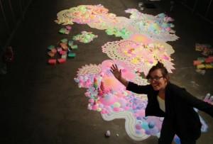 甜膩膩的夢幻仙境  澳藝術家用糖果打造