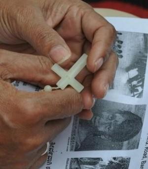 偷竊還不夠!12名惡徒輪姦75歲修女