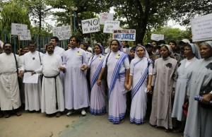 印度修女遭性侵 天主教樞機主教︰別只顧牛要顧人