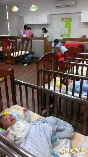 育嬰留職停薪 8成公僕未申請